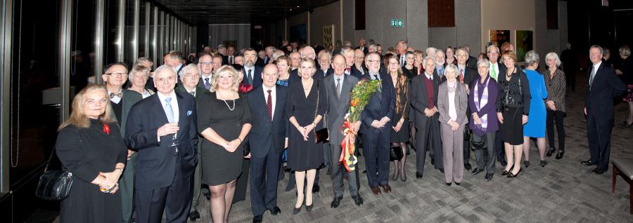Attendees of the December 2013 Holiday Reception / Participants à la réception des Fêtes de décembre 2013. Photo: Daniel Marchand